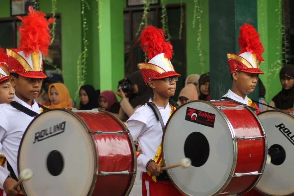 EKSKUL MARCHING BAND